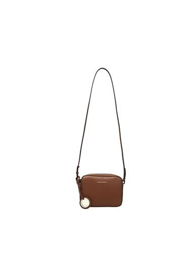Emporio Armani  Logo Baskılı Aksesuar Detaylı Çanta Kadın Çanta Y3B092 Yh15A 87228 Taba